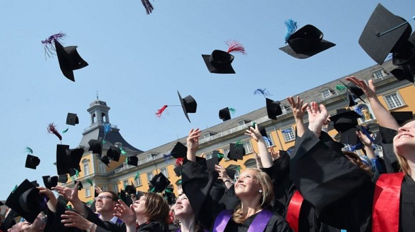 5 Reasons to Start Investing in College