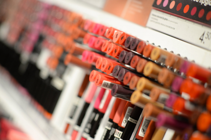 how to start a cosmetics business